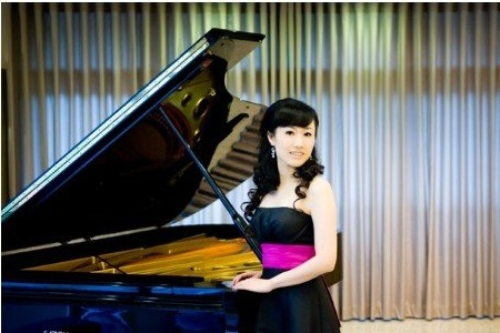49. Ching-Ming Cheng 鄭靜旻, Pianist/2014/10